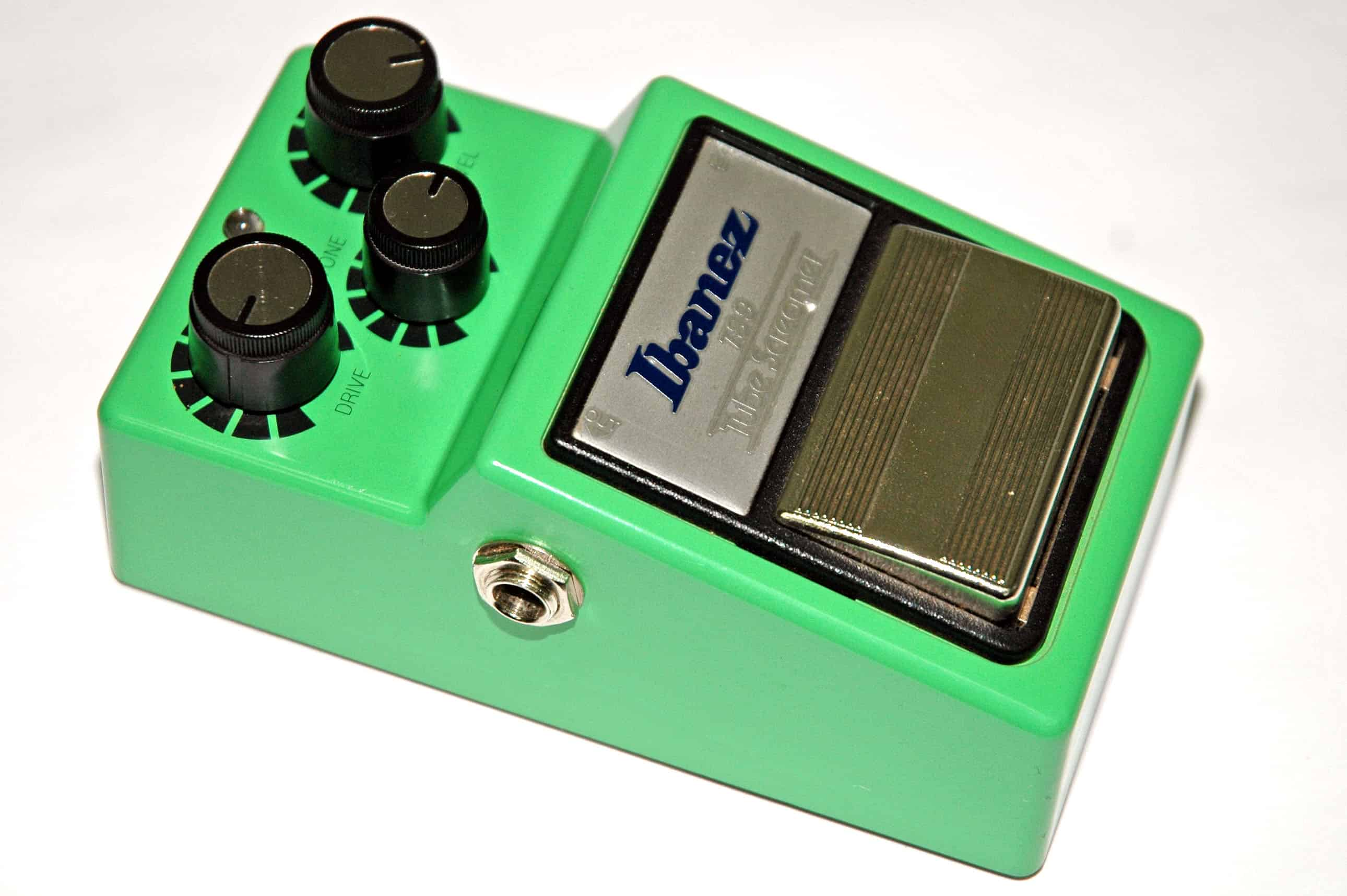 Using a Fuzz Pedal