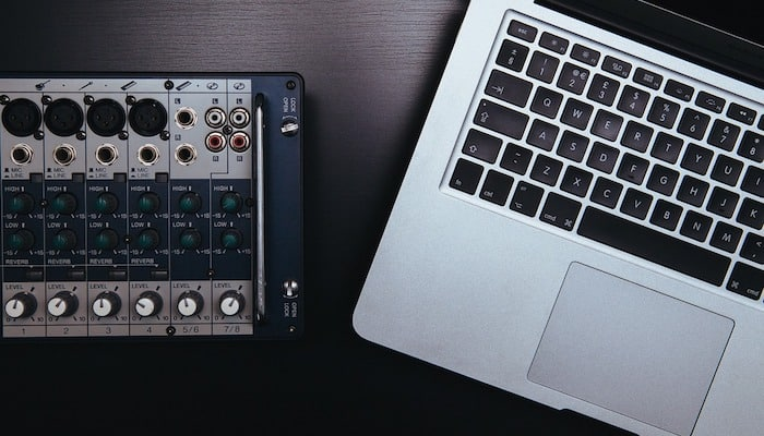 10 Best Laptops for DJing (2019 Review) - Music Critic