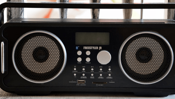 10 Best Boomboxes in 2019 (Review & Guide) - Music Critic