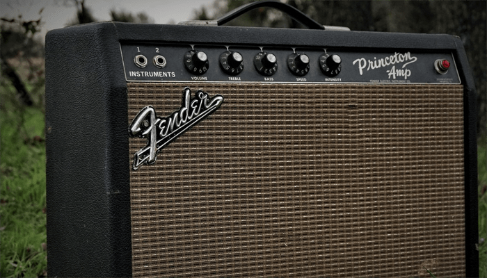 10 Best Solid State Amps in 2019 [Buying Guide] - Music Critic