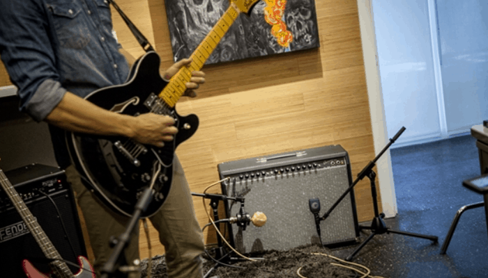 10 Best Modeling Amps in 2019 [Buying Guide] - Music Critic
